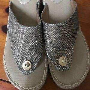 G.H. Bass & Co Sandals